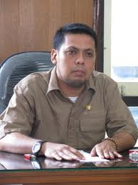 Burhanuddin Jafar Salam SH, Ketua Fraksi PAN