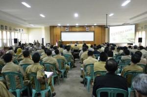 Rapat Evaluasi APBD 2014