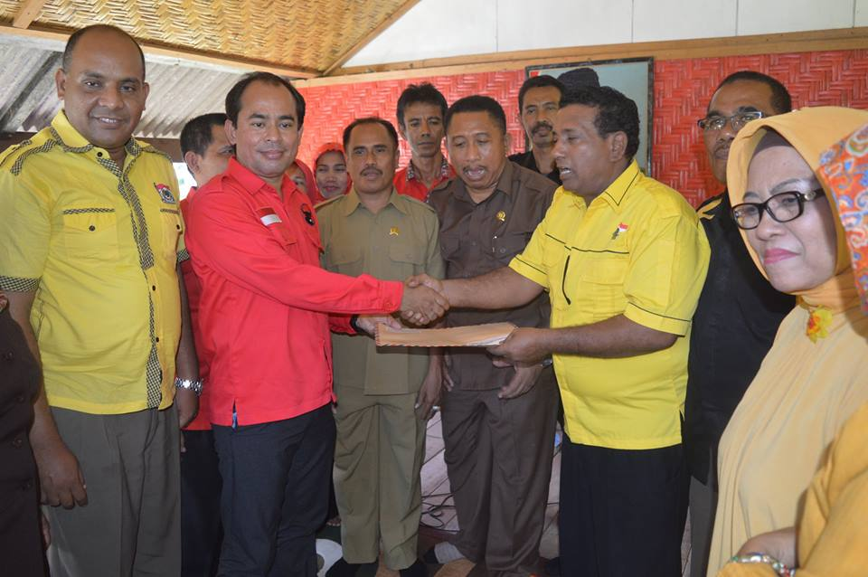 Ketua Golkar Sumbawa Daftar ke PDIP