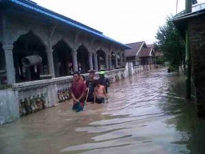 Banjir Moyo Lopok 1