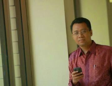 Ketua Dewan Penasehat UTS, Dr H Zulkieflimansyah SE M.Sc