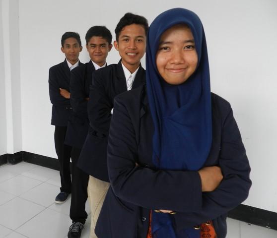 Ariskanopitasari, Ary Satria Dirgantara, Denny Maardiansyah, dan Eko Sulistio