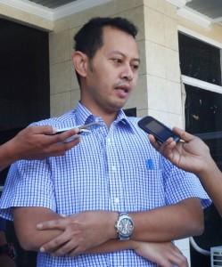 Manager PLN Sumbawa Roxi
