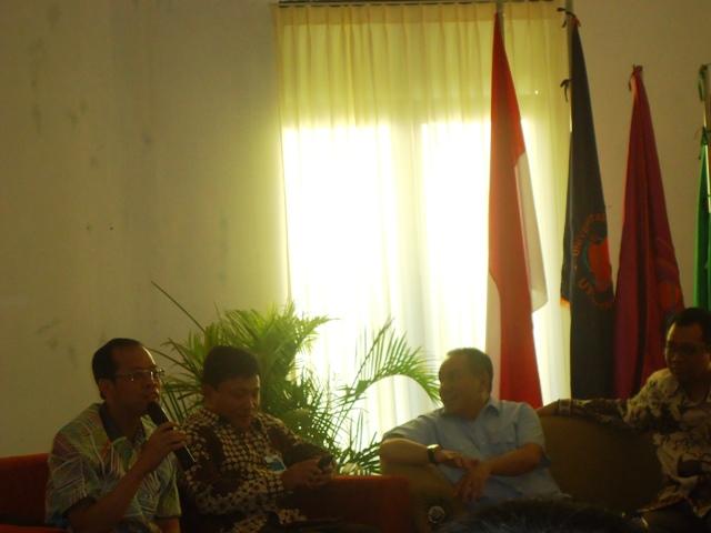 Dirut Bank Jabar Banten, Ahmad Irvan