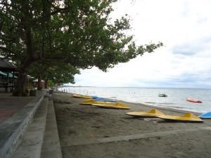 Pantai Lapade 3