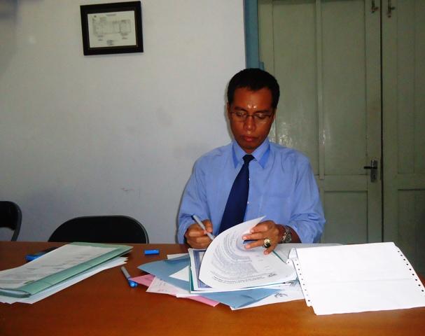 Kepala KPPT Sumbawa, Wirawan S.Si MT