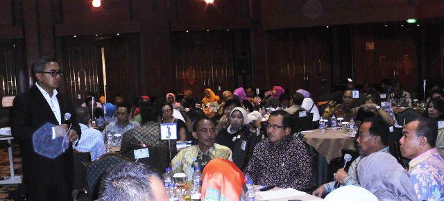 Bupati Sumbawa presentasi program KB di Bidakara Hotel Jakarta