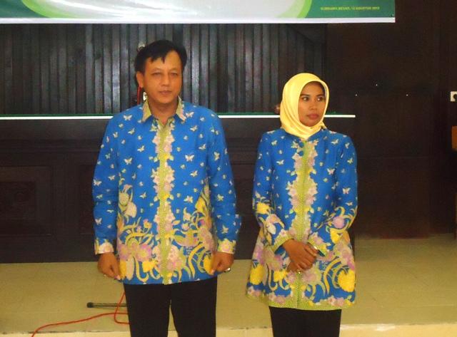 Panji Surono bersama Istri, mohon pamit