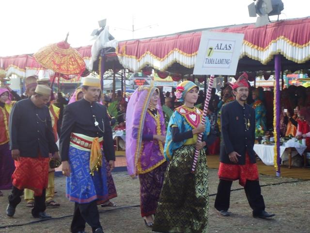 Moyo Festival Alas