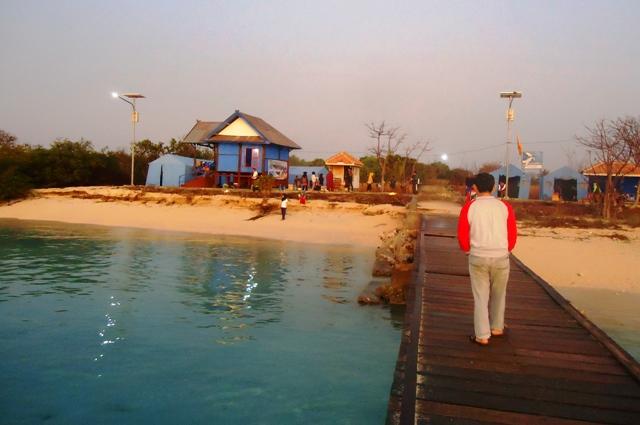 Dermaga dan Pondok Wisata Pulau Kramat