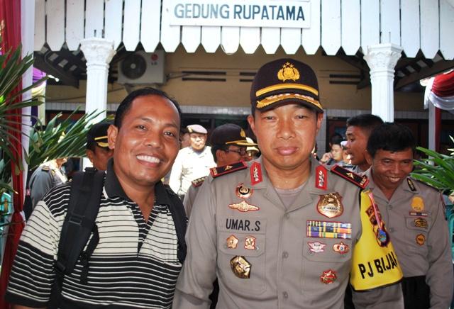 Kapolda NTB bersama Jen Wartawan SAMAWAREA