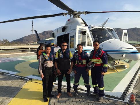 Kapolsek Maluk, Kompol Bahtiar bersama Tim SAR