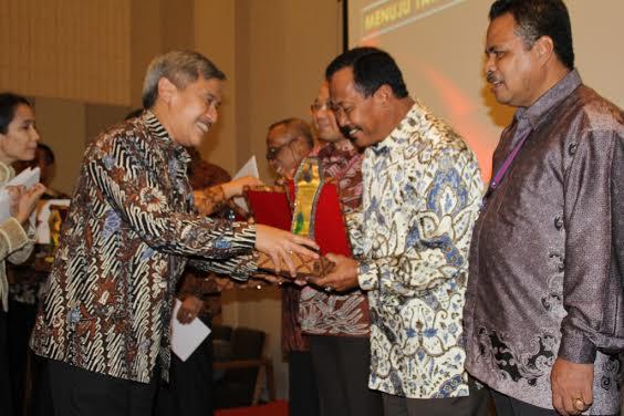 Anugerah E-KKP3K dari Menteri Perikanan dan Kelautan