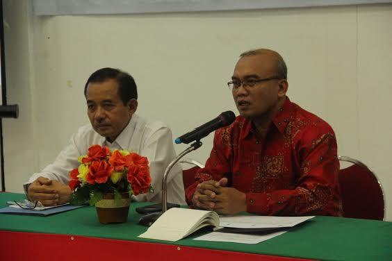 Kasubdit Adaptasi Perubahan Iklim (KLHK), Ir Arif Wibowo M.Sc.  didampingi Asisten Pemerintahan Sumbawa, Dr H M Ikhsan M.Pd