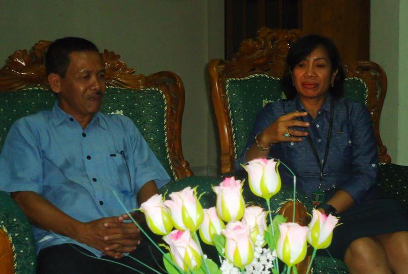 Ketua PN Sri Sulastri SH MH dan Ketua PWI Jamhur Husain