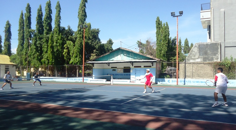 Tenis Sahabat 2