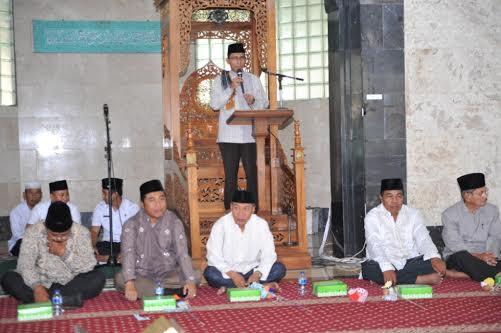 Ustadz Syukri Rahmat S.Ag