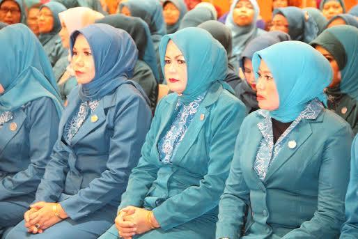 Ny Amin Rahmani dilantik sebagai ketua TP PKK Sumbawa
