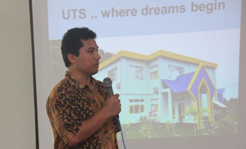 Ketua Panitia ConFAST 2017, Dr. Arief Budi Witarto M.Eng