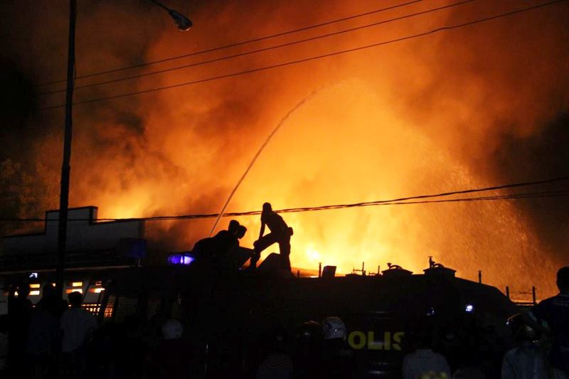 Kebakaran Gudang 2