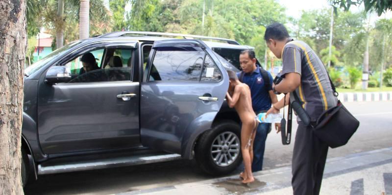 Hasil koordinasi dokter Abadi datang menjemput utk dibawa ke RSUD Sumbawa
