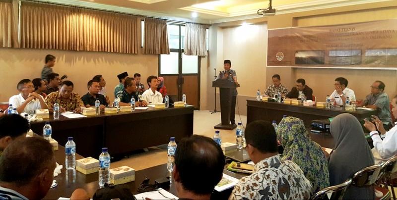 Wakil Bupati KSB Fud Syaifuddin ST dalam diskusi optimalisasi Rawa Lebo