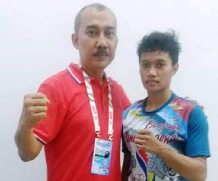 Endang, Atlit Tinju NTB peraih medali emas PON Jabar