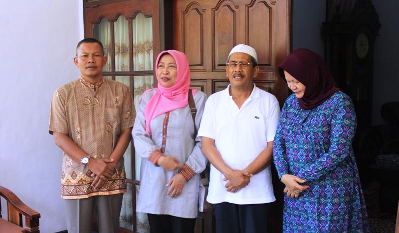 Bupati Sumbawa beserta istri, bersama Kadishut Provinsi NTB dan Dandim 1607 Sumbawa