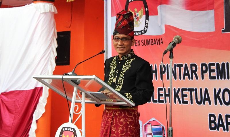 Ketua KPU Sumbawa, Syukri Rahmat S.Ag