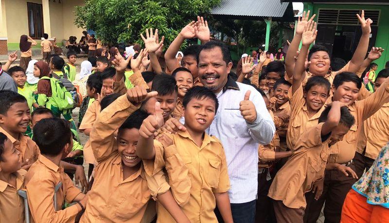 Johan Sambangi MIN 2 Sumbawa