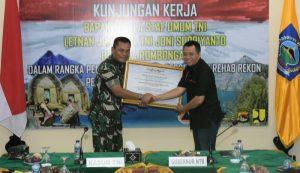 Gubernur Kasum TNI