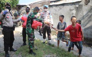 TNI Polri Bagi Nasbung